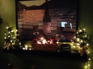 Dining Room | Macaroni and Mascara Holiday Decor